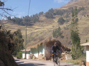 auf dem Weg Berg auf nach Huanuco